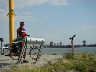 Rotterdamin sataman alkukilometreillä