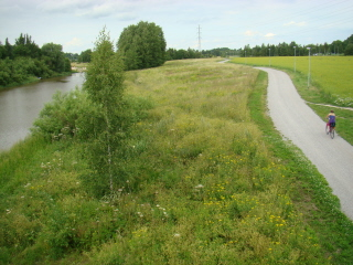 Vantaajoen ja KEHÄ I:n risteys