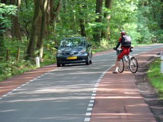jossakin Bergen op Zoomin tai Roosendaalin lähettyvillä