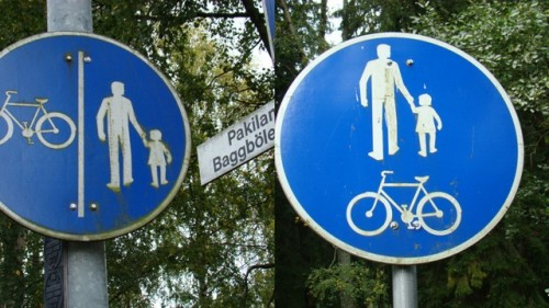 Pyöräilijän paikka pyörätiellä?