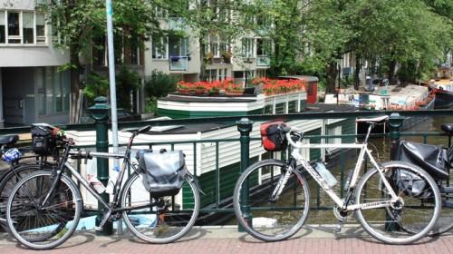 Kameli jaLumikki Amsterdamissa kesällä 2013